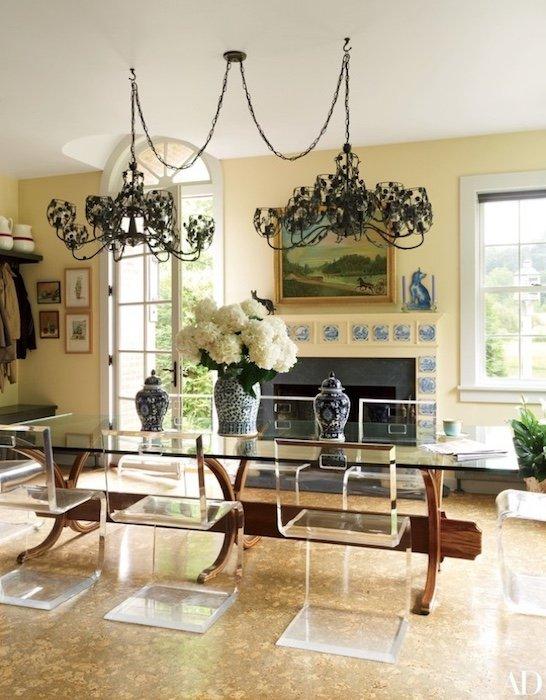 Acrylic dining table set