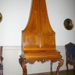 Pyramidenflugel upright piano