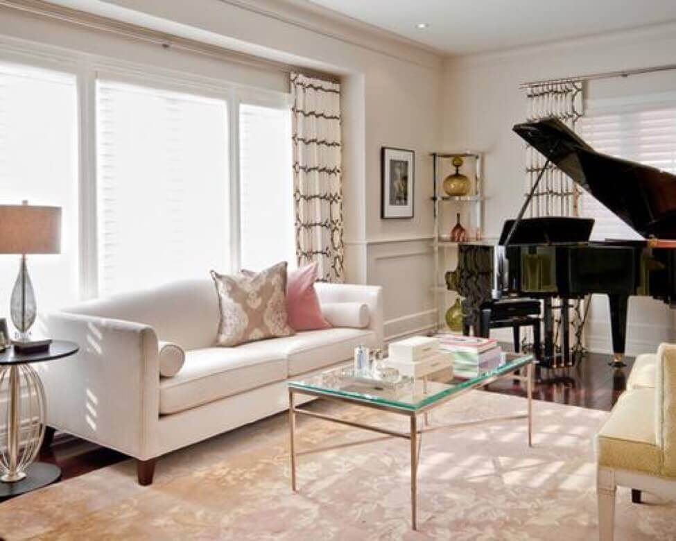 Piano room ideas how to decorate room around a piano for Baby grand piano in living room