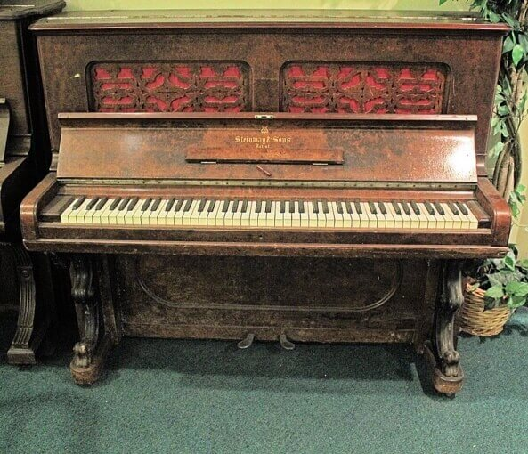 old upright piano for beginners