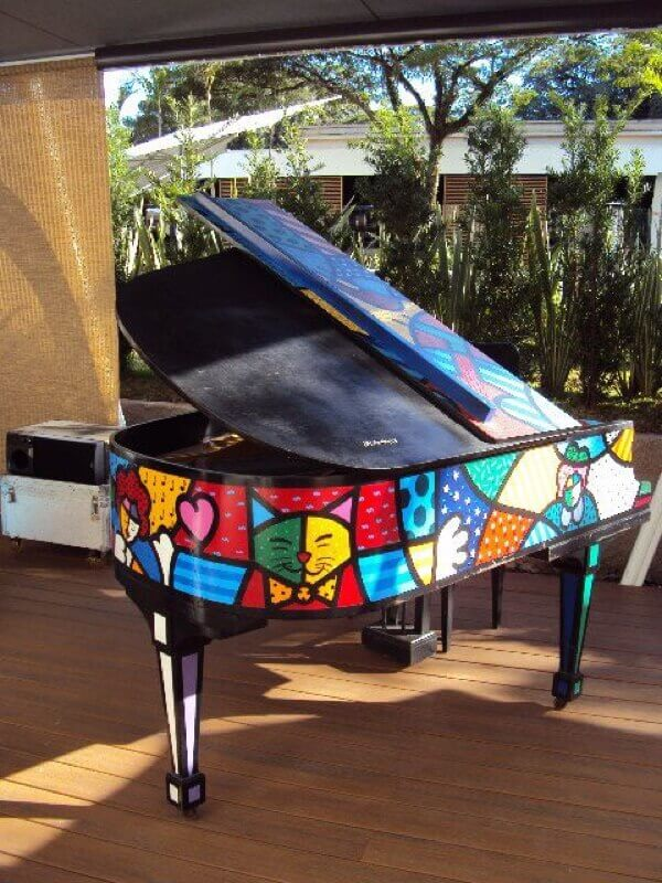 piano with strange design