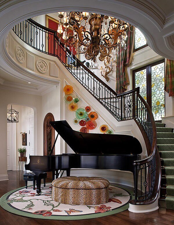 Piano under the stairs_8