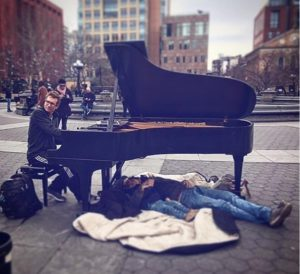 Classical pianist at Washington Square