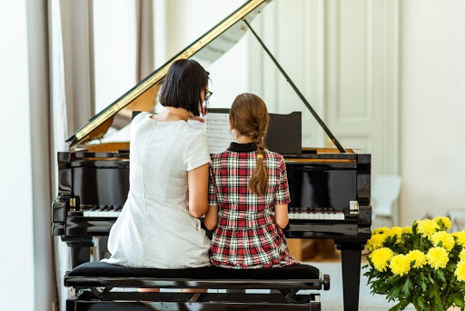 5 Top Reasons for Buying a New Luxury Baby Grand Piano
